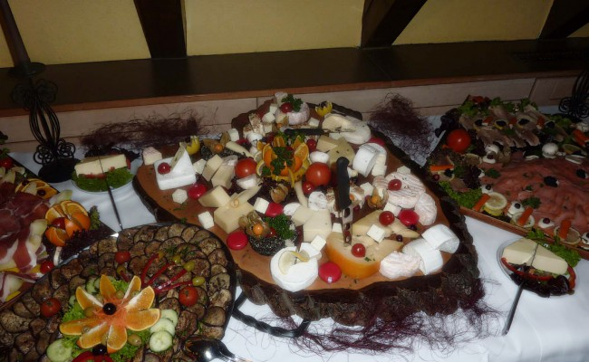 buffet-service-3