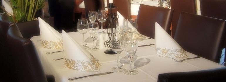 Reservierungsanfrage | Restaurant zum Holzwurm in Raunheim